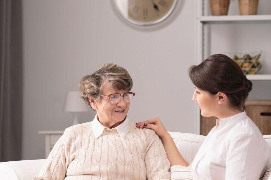 opiekun osoby starszej