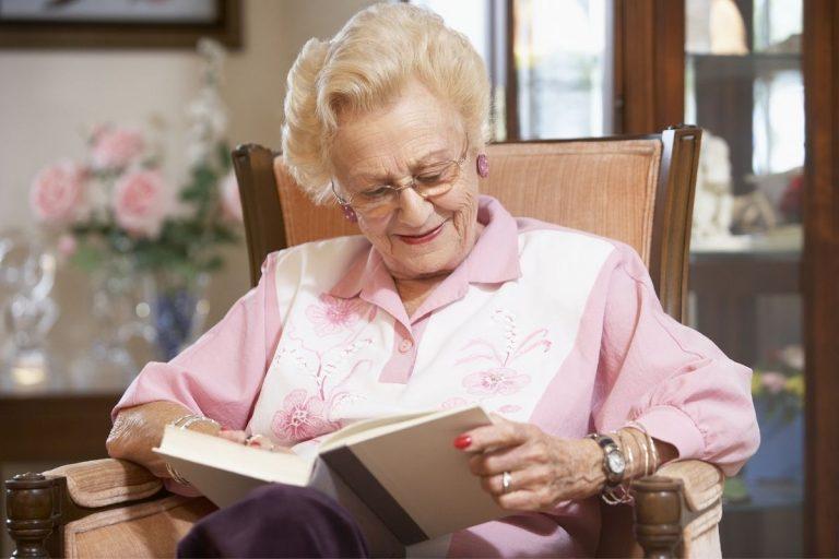 zajęcie dla starszej osoby